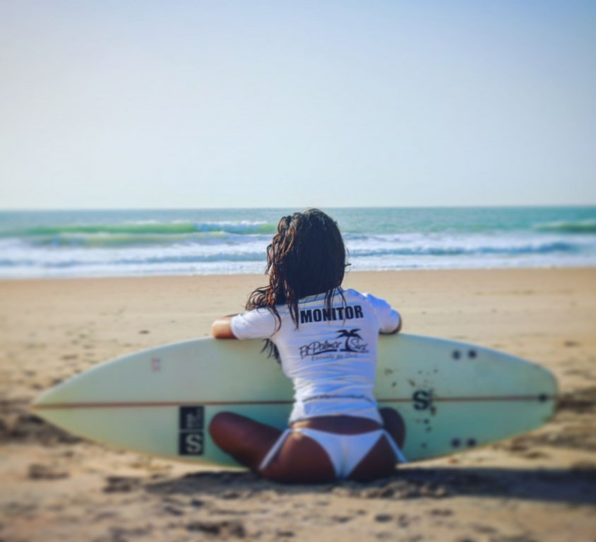 Surf para estudiantes en el Palmar